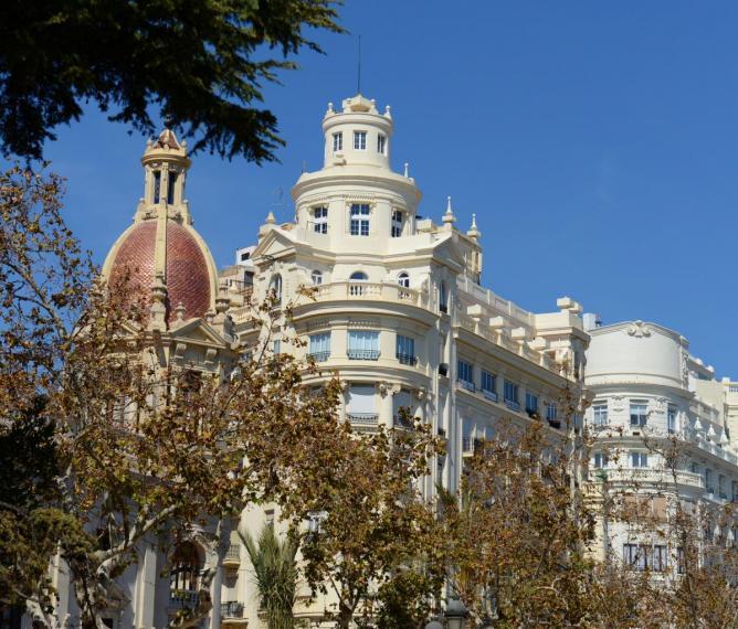 Valencia architecture photo Bob Driessen