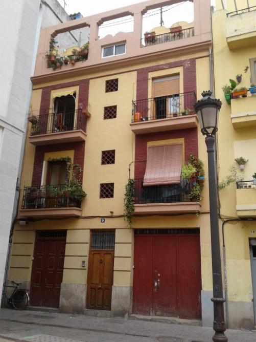 Valencia building 1